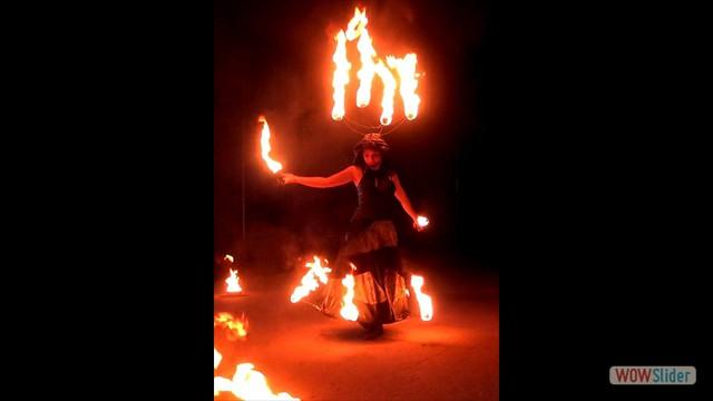 1 Feuer - Helm, Hoop und Candles_neu