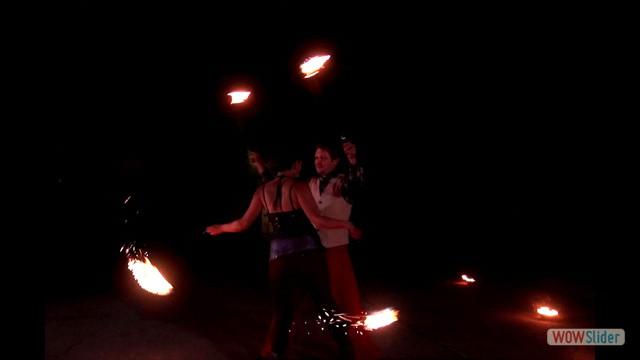 21 Feuer - Poi partner 2_neu