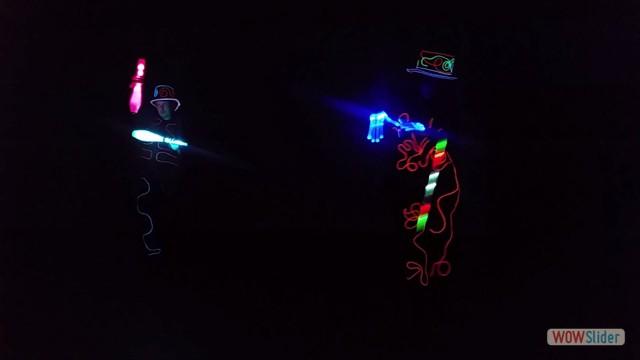 5 LED - levi clubs